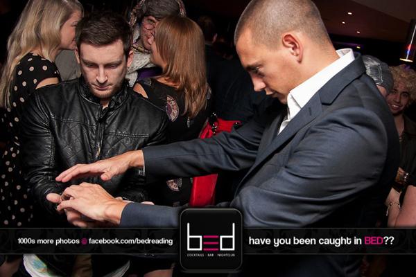 nightclub-magician-matt-parro-3