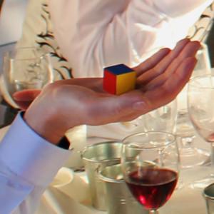 wedding-magician-for-hire-magician-news-may13