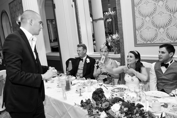 brighton-wedding-magician-matt-parro